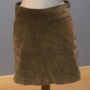 Banana Republic Stretch Corduroy Skirt has Pockets